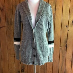 American Eagle Long gray cardigan with pockets